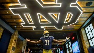 2019 DE David Ojabo Enjoys Notre Dame Official