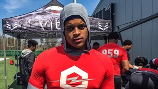 2021 DL Elliot Donald Focused On Team, Season