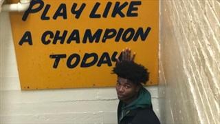 "2022 S Kyle Johnson Enjoys ""Electric"" Atmosphere At Notre Dame"