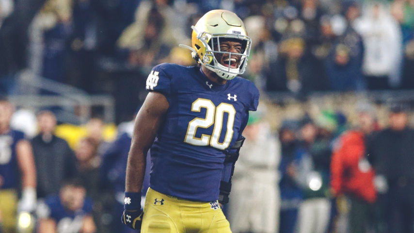 Notre Dame S Shaun Crawford Embraces Challenge of Safety