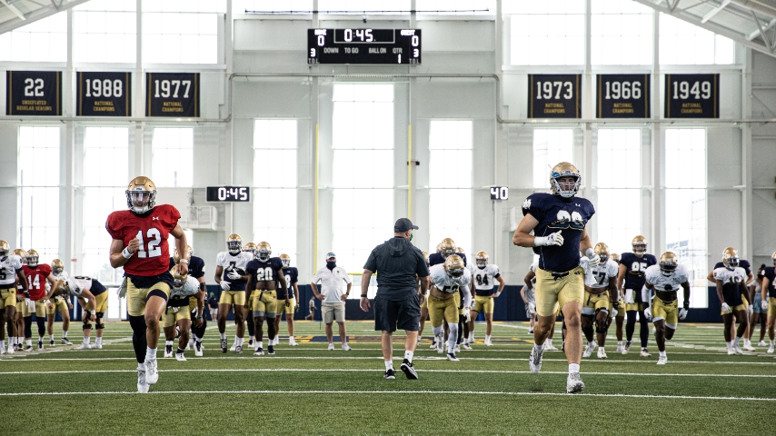 Video | Notre Dame Practice Clips 8.14